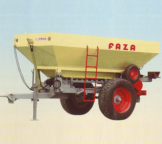 Trailed fertilizer spreader AC (2.000-10.000 l)
