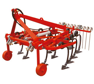 Hydraulic adjustable cultivator